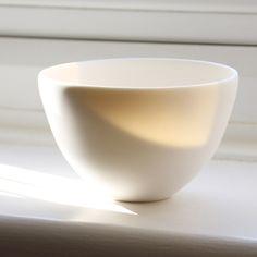 Mushimegane Books Medium Otsukimi Bowl in White Without Stem £65.00