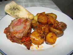 Na Cozinha com os J's: Lombo de Novilho Recheado com Queijo Raclette e Ch... Tandoori Chicken, Meat, Ethnic Recipes, Food, Cheese, Cook, Recipes, Essen, Meals