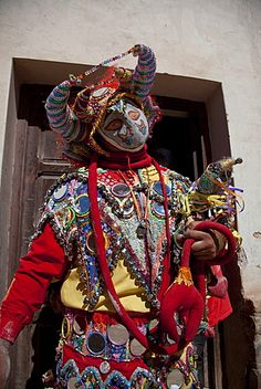 Reveller in costume and mask at Humahuaca carnival in Jujuy province in the Andes region of Argentina, South America Argentina South America, Winter's Tale, Arte Popular, American Traditional, Folk Costume, Colour Images, Festival Outfits, Headgear, Costumes For Women