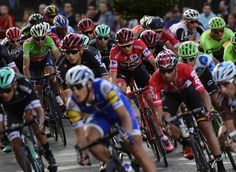 Chris Froome rides in the bunch during the final stage of the 2017 Vuelta a Espana