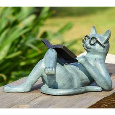 Literary Cat Garden Sculpture: Primitive Home Decors