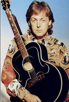 See Paul McCartney pictures, photo shoots, and listen online to the latest music. Beatles Love, Beatles Photos, John Lennon Beatles, Wings Band, 1970s Music, Eleanor Rigby, Travelling Wilburys, Music Genius, Linda Mccartney