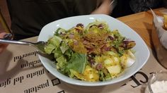 Salata Frida Misto Restaurant, Sprouts, Potato Salad, Cabbage, Potatoes, Vegetables, Ethnic Recipes, Food, Salads