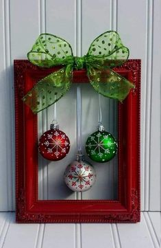 Christmas decoration ideas: Let yourself be inspired! Christmas decoration ideas christmas picture frame wreath by oddsnendsbyaly on etsy by jacquelyn diy christmas frames, GZYAVBR Picture Frame Wreath, Christmas Picture Frames, Christmas Pictures, Christmas Background, Picture Frame Crafts, Picture Frame Ornaments, Photo Ornaments, Christmas Wallpaper, Noel Christmas