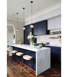 kitchen island lighting ideas pictures oil rubbed bronze modern kitchen designs kitchens with islands lighting blue ideas 21 gorgeous pendant lights over an island bench idea