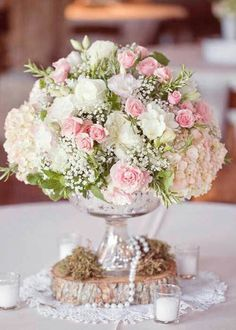 Shabby chic blush pink and white rose, hydrangea, and baby's breath floral arrangement for rustic vintage wedding centerpiece Design Floral, Deco Floral, Floral Wedding, Wedding Bouquets, Wedding Flowers, Wedding Vintage, Trendy Wedding, Vintage Pink, Wedding Rustic