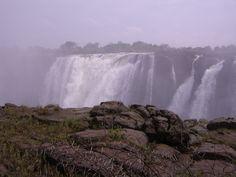 Victoria waterfalls in Zambia Waterfalls, Niagara Falls, Victoria, Nature, Travel, Cruises, Naturaleza, Viajes, Waterfall