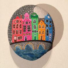 Unicatella: malowane kamienie/Painted Stone