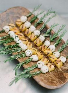 Savory Fall Wedding Appetizers Grilled Polenta & Mozzarella on Rosemary SkewersGrilled Polenta & Mozzarella on Rosemary Skewers Antipasto, Grilled Polenta, Wedding Appetizers, Wedding Canapes, Fall Appetizers, Wedding Snacks, Tropical Appetizers, Wedding Finger Foods, Simple Appetizers