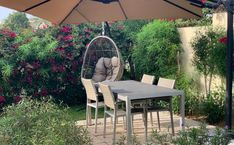 Zoete slowcooker recepten - Moeders.nu Outdoor Furniture Sets, Outdoor Decor, Hanging Chair, Food, Home Decor, Nappy Cake, Pies, Decoration Home, Hanging Chair Stand