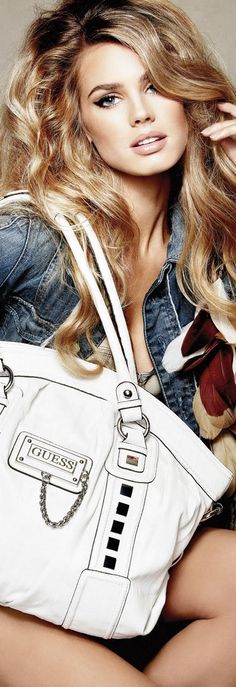 6b850524597e8 Vanessa Hessler for GUESS Longchamp, Rozkošné Vlasy, Vlasy A Líčení, Krása,  Barva