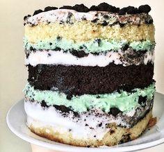 Grasshopper Cake Vanilla Cake, Tiramisu, Delicious Desserts, Sweets, Ethnic Recipes, Food, Gummi Candy, Candy, Essen