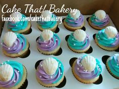 mermaid themed shell cupcakes
