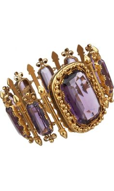shewhoworshipscarlin:  Amethyst bracelet, 1860s.   Want this!