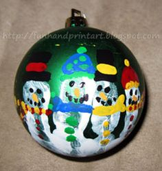 How to make a Handprint Snowman Ornament for Christmas. If giving as a handmade gift, you could include a cute Handprint Snowman Poem! Christmas Handprint Crafts, Santa Crafts, Handprint Art, Christmas Crafts For Kids, Kids Christmas, Handmade Christmas, Xmas, Kid Crafts, Holiday Crafts