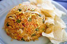Arroz con Pollo es comida tradicional de Costa Rica. No me gusta pollo, perro parece delicioso.