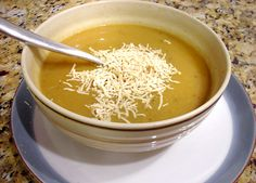 Sweet Onion Soup by Cindy Gerardin Smith 5 large or sweet yellow onions, sliced 1 stick of unsalted butter 3 - ounce cans beef broth 1 ½ cups Chardonnay Directions: Thin slice and. Beef Broth, Onion Soup, Coconut Flakes, Soups And Stews, Roast, Spices, Yummy Food, Vegan, Fruit