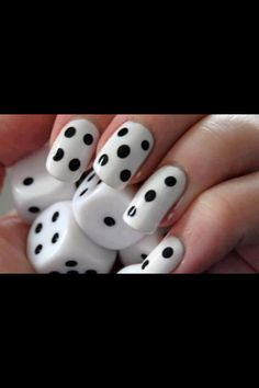 Dice. Game ! Black and white nail design