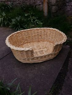 Oval Dog basket in White willows, made by John Cowan Baskets