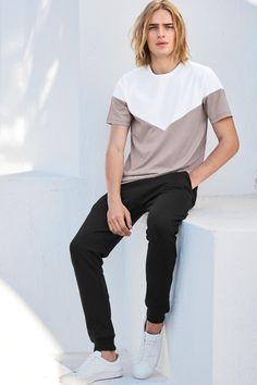 Comprar Camiseta de chevron en rosa blanco online hoy en Next  España Pink  White 4f51a288956