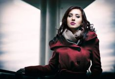 4 Tips You Can Use To Shoot Awesome Photos Of People - Exposure School Jon Snow, Goth, Wonder Woman, Superhero, Portrait, People, Fictional Characters, Jhon Snow, Gothic