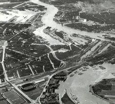 Links het Stadionviaduct.