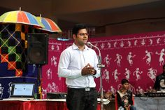 हमर छत्तीसगढ़ योजना में अध्ययन भ्रमण पर रायपुर आए राजनांदगांव, कबीरधाम और धमतरी के पंचायत प्रतिनिधियों ने आवासीय परिसर नया रायपुर के उपरवारा स्थित होटल प्रबंधन संस्थान में कैशलेस लेन-देन के तरीके सीखे। https://www.facebook.com/hamarcg2016/posts/1120918174673034