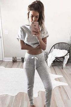 When you get home and all you want are your comfy clothes  @kelsrfloyd #windsorgirl