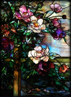 dream home design Stained Glass Designs, Stained Glass Projects, Stained Glass Patterns, Stained Glass Art, Stained Glass Windows, Stained Glass Flowers, Tiffany Stained Glass, Tiffany Glass, Mosaic Art