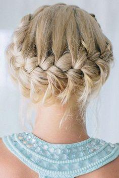 50 peinados para invitadas a una boda