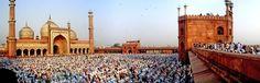 Ramadan. Jama Masjid, Delhi, India.