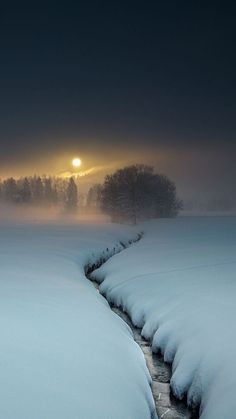 Winter - It's a beautiful world . - Winter - It's a beautiful world . Winter Photography, Landscape Photography, Nature Photography, Beautiful World, Beautiful Places, Beautiful Pictures, Wallpaper Winter, Winter Wallpapers, Wallpaper Space