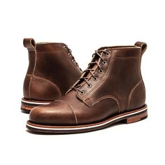 Based off of traditional American work boots, The Muller can complete a wide array of wardrobes and transition easily from Americana workwear to dress casual. With a clean and modern profile, the Mull