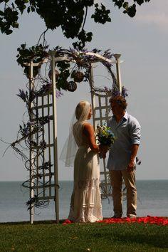 Wedding at Sawmill Creek in Huron, Ohio.