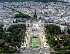 The Trocadéro view as seen from the Eiffle Tower.