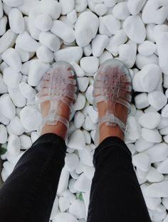 Méduses transparentes / Transparent jellies sandals