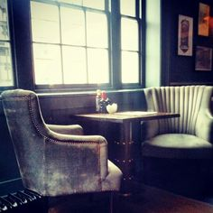 An historic Georgian townhouse in Soho, 40 Greek Street has lounge space, places to eat and drink, and an open-air courtyard bar. London City Guide, Georgian Townhouse, Soho House, Greater London, Bar Lounge, Great Places, Lighthouse, Luxury, Furniture