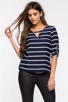 Блуза Размеры: S, M, L Цвет: синий, белый с принтом Цена: 1353 руб.     #одежда #женщинам #блузы #коопт