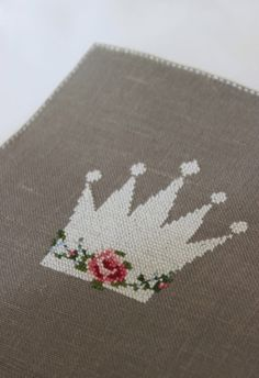 Une Couronne 1/2 [Cross Stitch - Spring - Flowers] [Pattern / Chart]