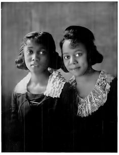 """The Dent Sisters - a """"sister act"""""""