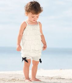 Adorable...  Could probably recreate with a Pettiromper and black bows for much cheaper, though.  ;)