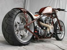Google Image Result for http://images.motorcycle-usa.com/PhotoGallerys/17993Lucille-beauty-2.jpg