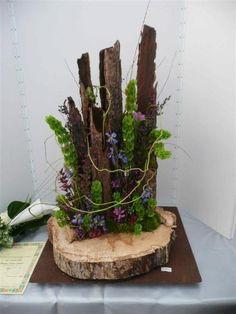 Afbeeldingsresultaat voor kerststuk met houten schijven