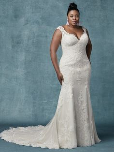 Fit And Flare Lace Sweetheart Neckline Wedding Dress by Maggie Sottero - Image 1 Maggie Sottero Wedding Dresses, Fit And Flare Wedding Dress, Wedding Dresses For Girls, Wedding Dresses Plus Size, Wedding Dress Styles, Designer Wedding Dresses, Bridal Gowns, Wedding Gowns, Tulle Wedding