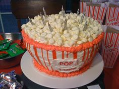 Best Popcorn cake for movie night. Great for movie parties or movie theme party ideas. Looks like a real bowl of popcorn for movie party or red carpet party. Easy to make cake idea.