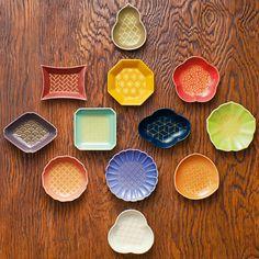 【日本の美しいもの】日本の美しい色と小紋柄を学ぶ 有田焼変わり豆皿 フェリシモ