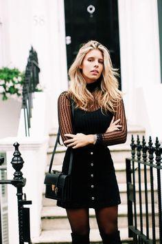 9 maneiras de montar um visual sexy e nada óbvio. Look all black, todo preto, blusa de manga com transparência, saia preta de botões, meia calça preta