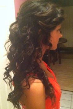 long hair - Hairstyles and Beauty Tips - Gorgeous romantic look good for evening waer. ashlee