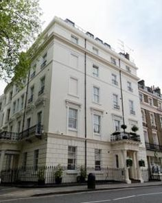 CAD 141 Hotel Edward is a friendly 3-star hotel in Westminster, close to Paddington Station and Hyde Park.