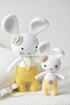 Mesmerizing Crochet an Amigurumi Rabbit Ideas. Lovely Crochet an Amigurumi Rabbit Ideas. Bunny Crochet, Crochet Mignon, Easter Crochet, Cute Crochet, Crochet Animal Patterns, Stuffed Animal Patterns, Crochet Patterns Amigurumi, Crochet Dolls, Amigurumi Free